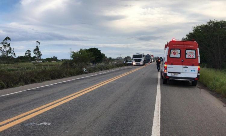 Um incêndio em vegetação às margens da rodovia teria dificultado a visão dos condutores | Foto: Reprodução | Radar 64 - Foto: Reprodução | Radar 64