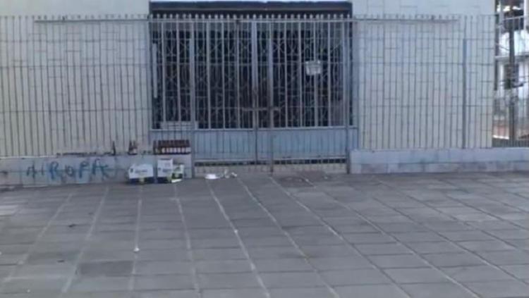 Os dois homens e a criança foram socorridos e levados para uma unidade de saúde | Foto: Reprodução | TV Bahia - Foto: Reprodução | TV Bahia