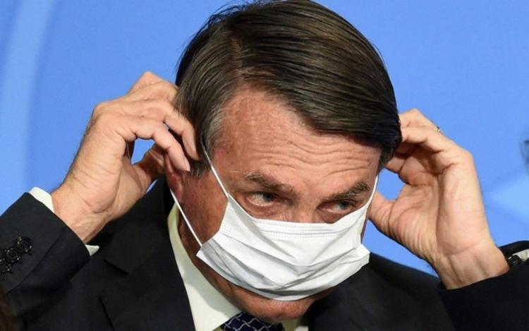 Para juristas, Bolsonaro violou o seu dever de zelar pela saúde pública, previsto no art. 23 da Constituição | Foto: Arquivo | AFP - Foto: Arquivo | AFP