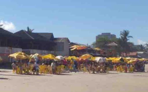 A prefeitura proibiu a comercialização de bebidas alcóolicas no local.