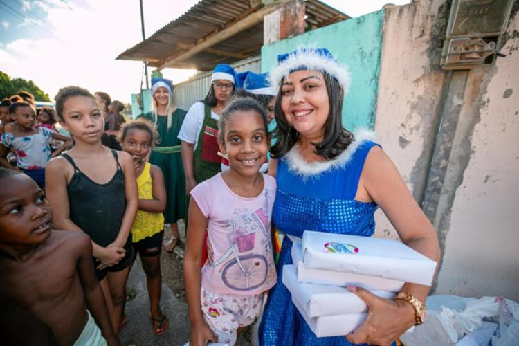 Primeira-dama enfatiza a criação do projeto 'Abrace Camaçari' - Foto: Secom | Camaçari