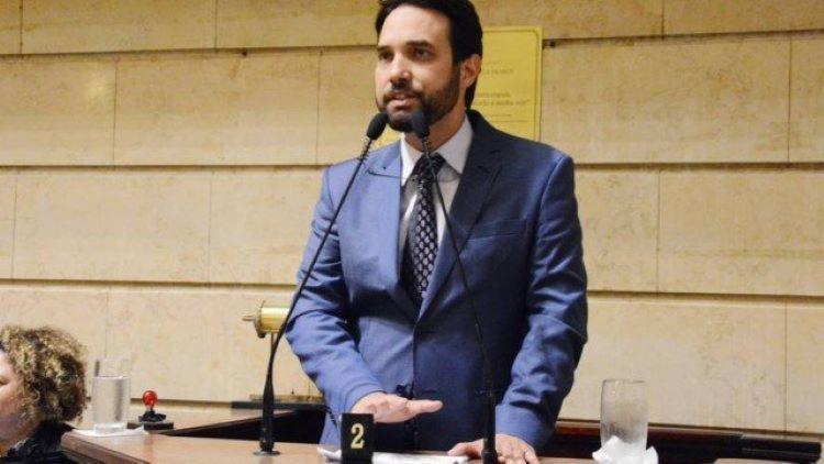 Expulso do partido Solidariedade, o vereador já perdeu a presidência da Comissão de Justiça, a mais importante da Casa I Foto: Câmara Municipal - Foto: Câmara Rio