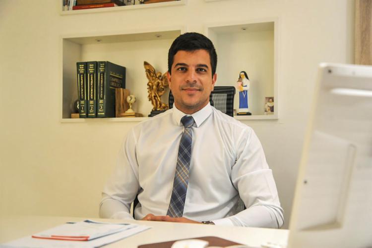 'O maior fator limitante da cirurgia robótica ainda é o custo', afirma Nilo Leão Jorge   Foto: Felipe Iruatã   Ag. A TARDE - Foto: Felipe Iruatã   Ag. A TARDE