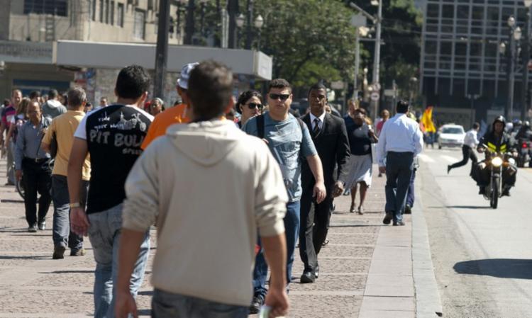 Percentual de brasileiros na classe média caiu de 51% em 2020 para 47% em 2021 I Foto: Agência Brasil - Foto: Agência Brasil