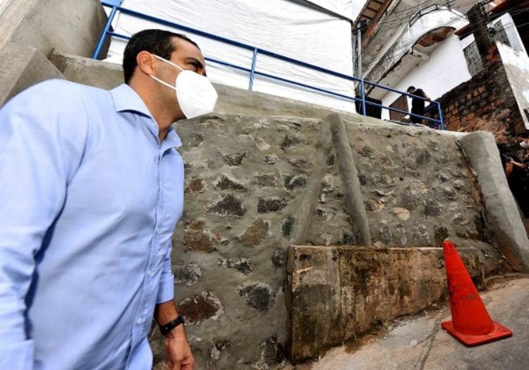 Intervenção entregue tem intuito impermeabilizar o talude que existe no local | Foto: Valter Pontes | Secom PMS - Foto: Valter Pontes | Secom PMS