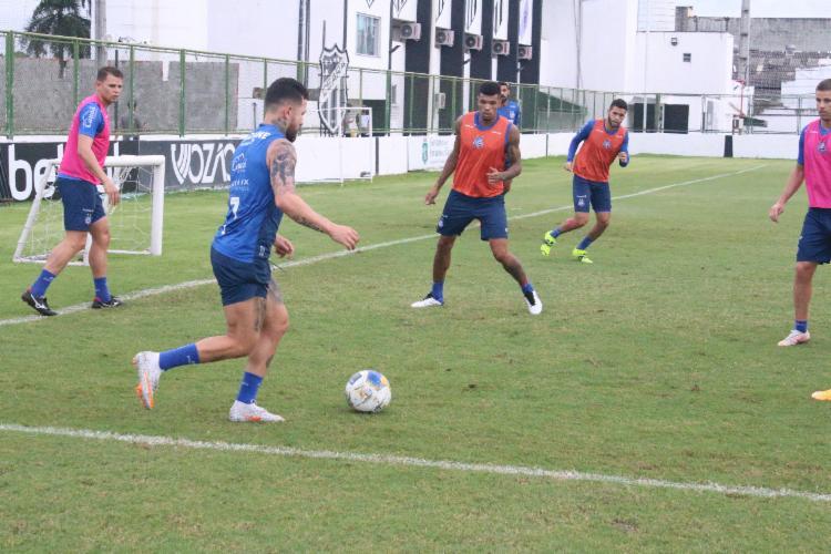 Com os retornos de Rossi e Gabriel Novaes, o time treinou no CT do Ceará | Foto: Rafael Machaddo | E.C.Bahia - Foto: Rafael Machaddo | E.C.Bahia