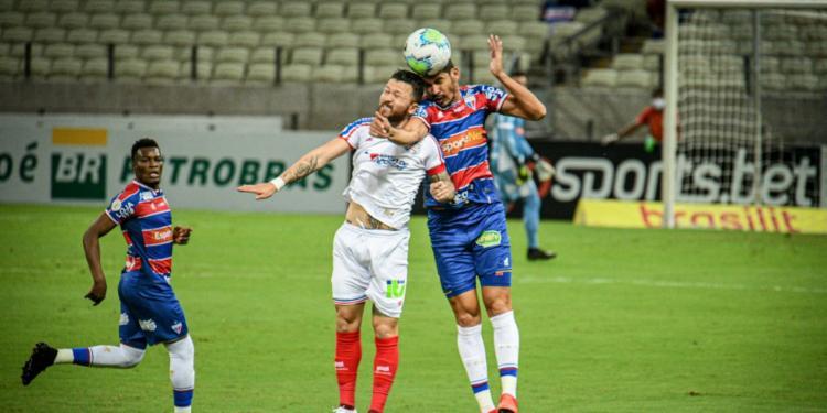 Duelo entra para história do futebol brasileiro   Foto: Kely Pereira   AGIF - Foto: Kely Pereira   AGIF