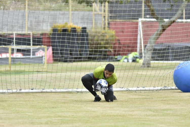 Rodrigo Chagas exercitou as cobranças de falta e pênalti | Foto: Pietro Carpi | EC Vitória - Foto: Pietro Carpi | EC Vitória