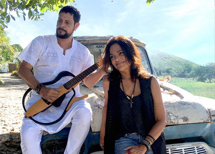 Sylvia e Edu irão apresentar tanto o novo trabalho quanto os sucessos de suas carreiras solos Foto: Cláudia Salomão   Divulgação - Foto: Cláudia Salomão   Divulgação