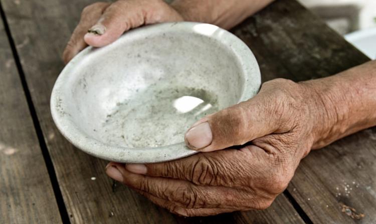 Fome atingiu 11,1% das casas chefiadas por mulheres em 2020 | Foto: Arquivo | Agência Brasil - Foto: Arquivo | Agência Brasil