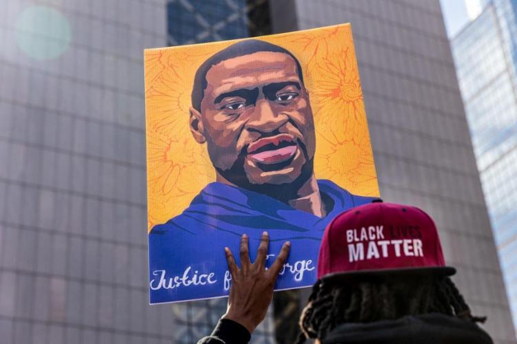 Morte de Floyd desencadeou uma série de protestos nos EUA   Foto: Kerem Yucel   AFP - Foto: Kerem Yucel   AFP