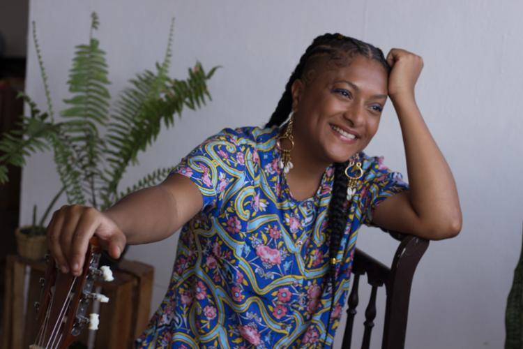 Iane criou música a partir de suas vivências e diálogos sobre relacionamentos amorosos | Foto: Divulgação - Foto: Divulgação
