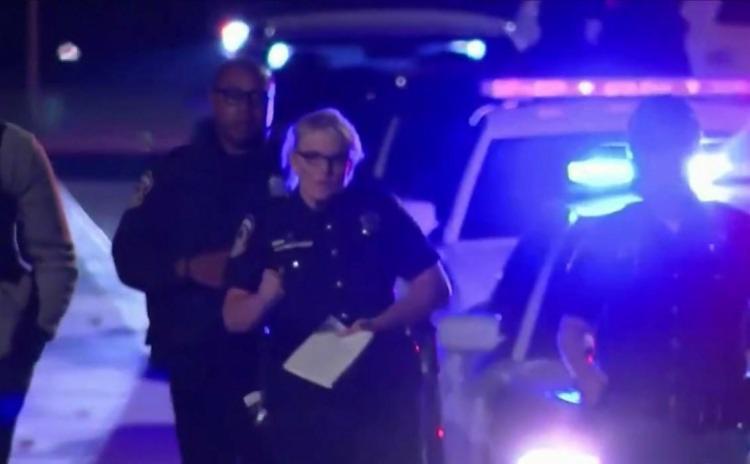 A polícia ainda não informou a identidade do assassino, e trata o caso como tiroteio em massa | Foto: Reprodução | Globoplay - Foto: Reprodução | Globoplay