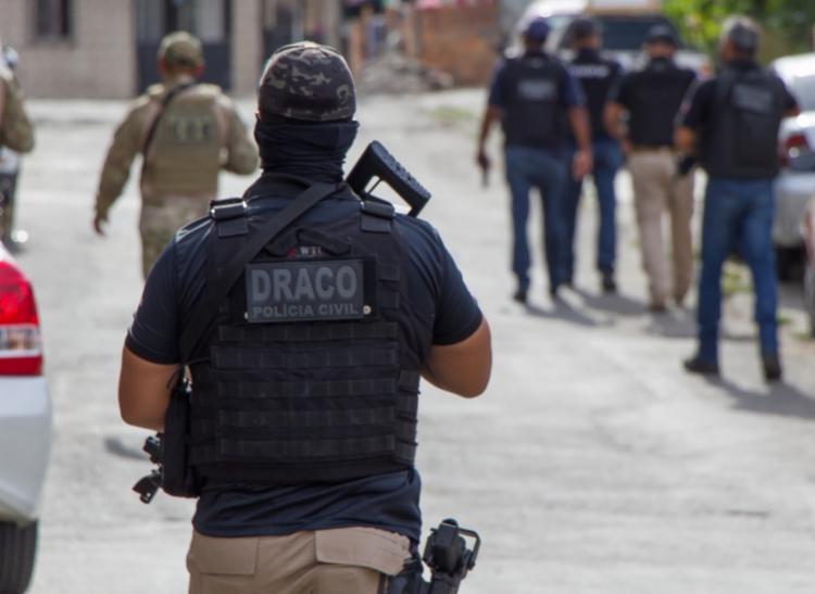 Equipes recuperaram o dinheiro e um veículo pertencente à vítima | Foto: Divulgação | Polícia Civil - Foto: Divulgação | Polícia Civil