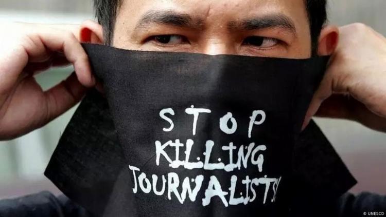 Exercício do jornalismo está