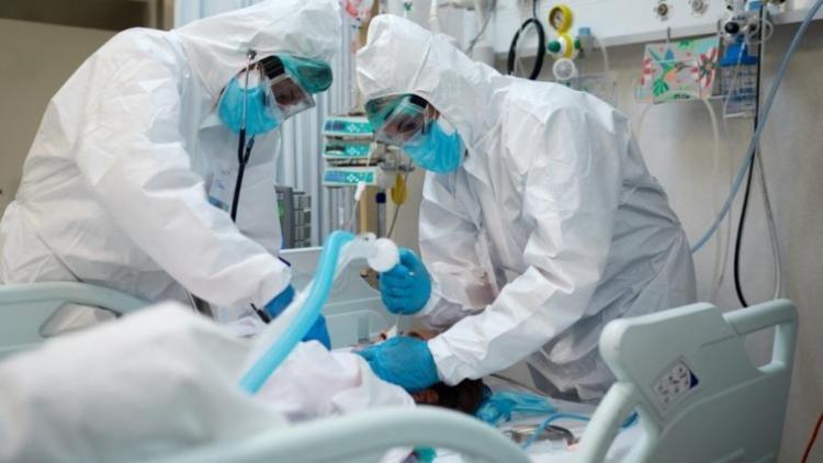 O risco de faltar do kit intubação em hospitais e centros de saúde para pacientes atinge também municípios baianos - Foto: Agencia Brasil | Divulgação