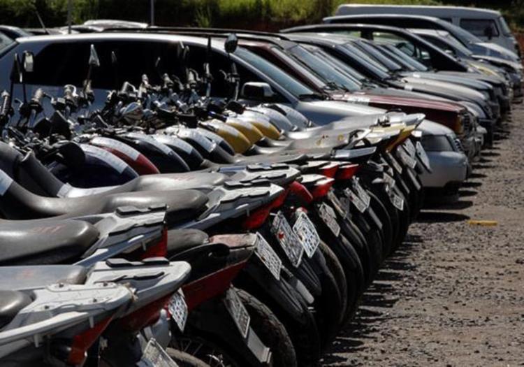 Frequentemente, o Detran faz leilões de carros e motocicletas; contar com assessoria ajuda a fazer bons negócios em leilões | Foto: Elói Corrêa | Gov-BA - Foto: Elói Corrêa | Gov-BA