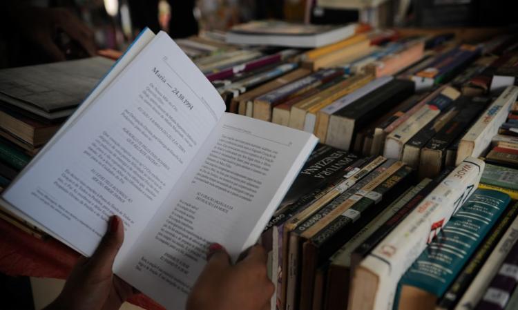 Atualmente existe uma lei que isenta o mercado de livros e papel para a sua impressão de pagar o PIS e Cofins - Foto: Fernando Frazão | Agência Brasil