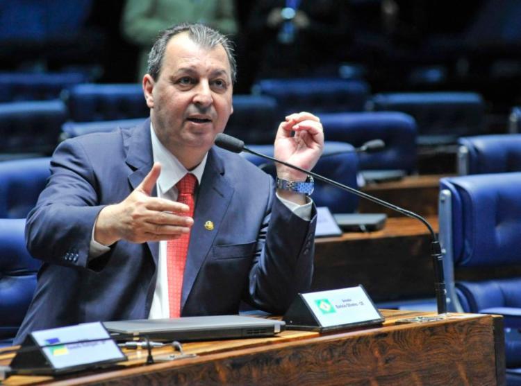 Articulação por Aziz busca evitar que um nome de oposição ao Planalto, como o do senador Randolfe Rodrigues (Rede-AP), autor do requerimento de criação da comissão, seja escolhido. - Foto: Geraldo Magela/Agencia Senado