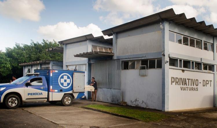 A perícia realizou o levantamento cadavérico e encaminho o corpo do suspeito morto para a sede do DPT | Foto: Reprodução | Blog Costa do Cacau - Foto: Reprodução | Blog Costa do Cacau