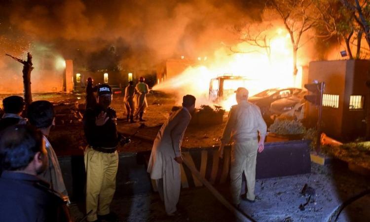 O Talibã do Paquistão assumiu a responsabilidade pelo atentado, afirmando ter sido uma ação suicida | Foto: Banaras Khan | AFP - Foto: Banaras Khan | AFP
