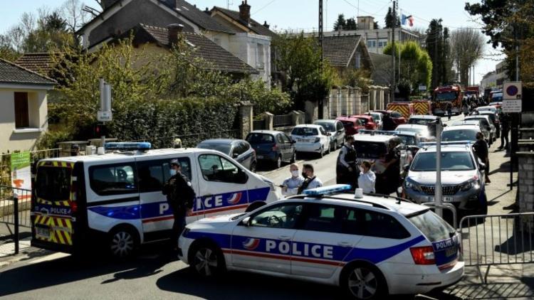 Homem foi morto pouco depois do ataque por um agente, disse uma fonte policial - Foto: AFP