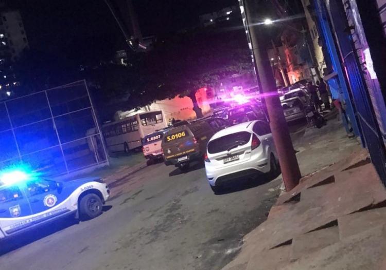 O crime foi registrado na rua Camilo de Jesus Lima, em frente a uma lanchonete | Foto: Reprodução - Foto: Reprodução