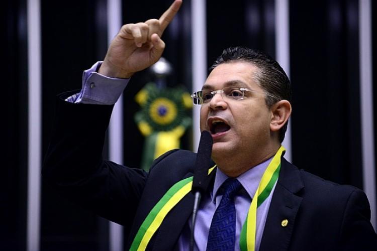 Sóstenes Cavalcante (DEM-RJ) alegou um distanciamento de