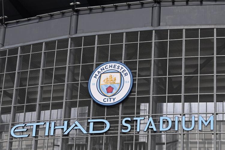 O clube inglês acabou cedendo à pressão dos torcedores e do próprio governo britânico | Foto: Paul Ellis | AFP - Foto: Paul Ellis | AFP
