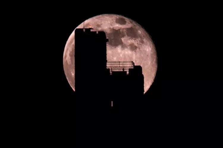 A próxima será em 26 de maio, quando também está previsto um eclipse lunar total I Foto: Getty Images - Foto: Getty Images