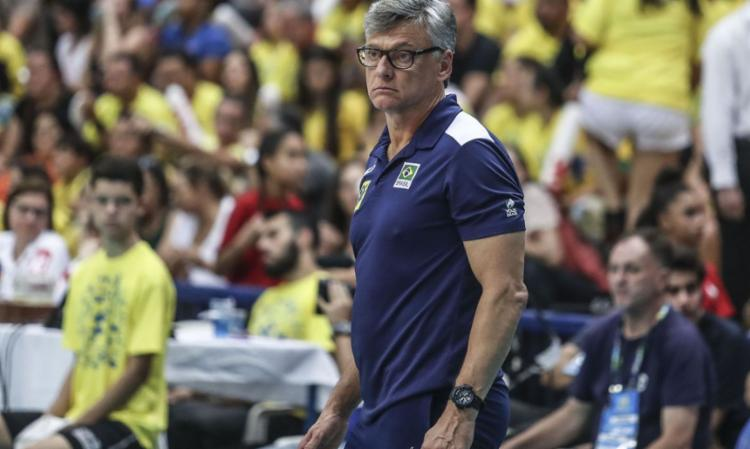 Técnico da seleção masculina de vôlei está isolado em casa | Foto: Wander Roberto | Inovafoto | CBV - Foto: Wander Roberto | Inovafoto | CBV