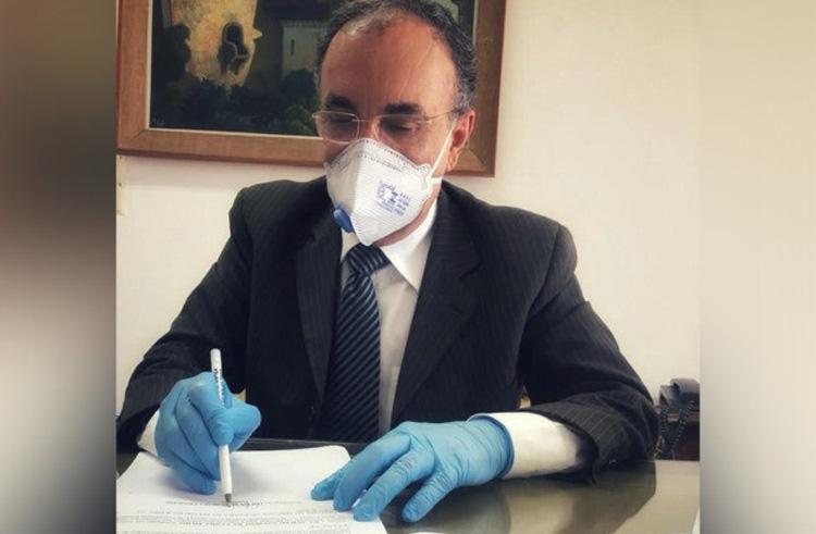 O presidente do TJ-BA, desembargador Lourival Almeida Trindade, assinou a nomeação dos novos juízes | Foto: Divulgação | TJBA - Foto: Divulgação