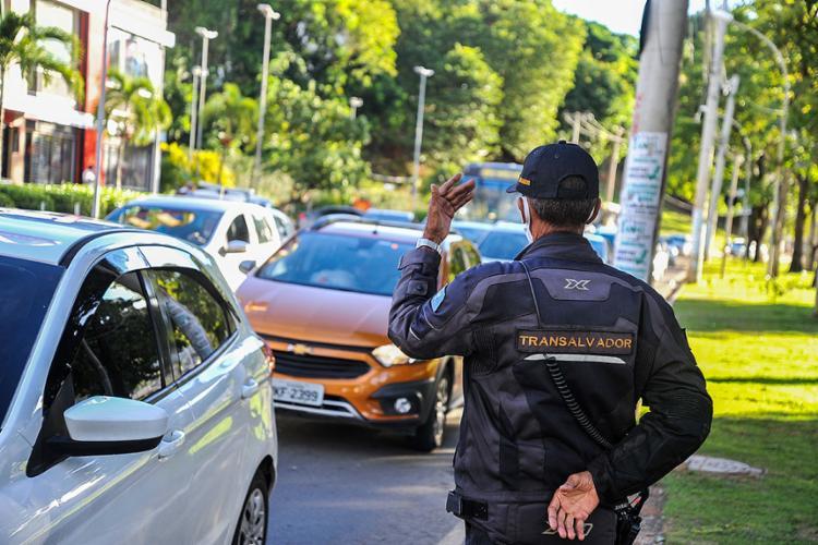 Mudanças no CTB passaram a vigorar ontem em todo o país | Foto: Felipe Iruatã | Ag. A TARDE - Foto: Felipe Iruatã | Ag. A TARDE
