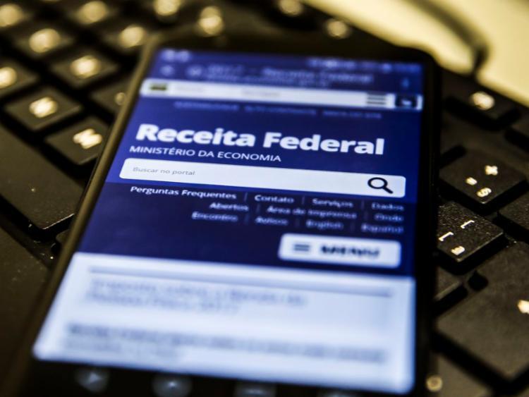 Serviço está disponível para contribuintes que têm rendimento anual de até R$ 90 mil | Foto: Marcello Casal Jr | Agência Brasil - Foto: Marcello Casal Jr | Agência Brasil