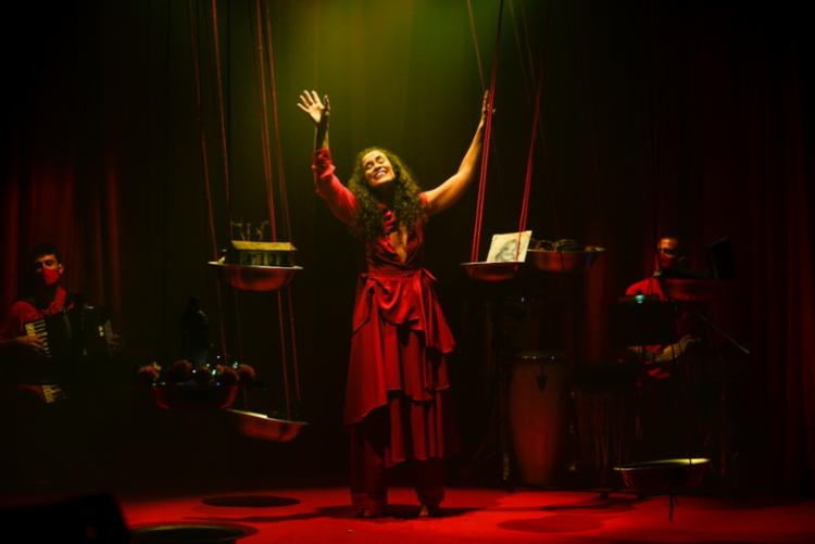 Peça traz para cena a atriz e cantora baiana Rachel Lessa | Foto: Ricardo Prado | Divulgação - Foto: Ricardo Prado | Divulgação