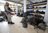 Cinco oficinas de vendas de peças usadas de veículos são interditadas na Suburbana | Foto: Alberto Maraux | SSP-BA