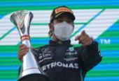 Hamilton supera Verstappen e vence GP da Espanha | Foto: Emilio Morenatti | AFP