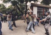 Repressão a estudantes em invasão do campus da Ufba completa 20 anos | Foto: Carlos Casaes | Cedoc A TARDE | 16.5.2001