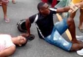 Suspeitos de assalto são espancados por moradores após acidente na Liberdade | Foto: Reprodução | Redes Sociais