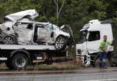 Motorista morre após colisão com carreta na BA-093 | Adilton Venegeroles | Ag. A TARDE