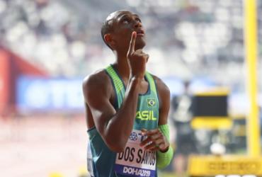 Atletismo: Alison dos Santos é prata e quebra recordes no Catar | Wagner Carmo | CBAt