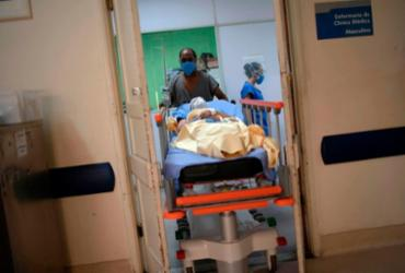 Com 9 mortes em 24h, Bahia ultrapassa 27 mil vítimas da Covid-19 | Mauro Pimentel | AFP