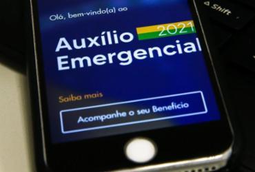 Caixa paga nesta terça auxílio emergencial a nascidos em fevereiro | Marcello Casal Jr | Agência Brasil