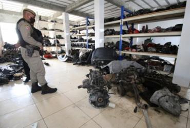 Cinco oficinas de vendas de peças usadas de veículos são interditadas na Suburbana | Alberto Maraux | SSP-BA