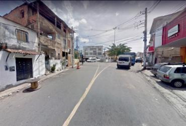 Trânsito é bloqueado parcialmente no Engenho Velho da Federação | Google Maps
