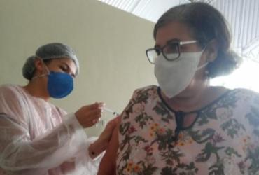 Eunápolis começa a vacinar profissionais de educação acima de 55 anos | Divulgação