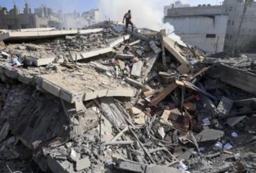 Ataque israelense em Gaza mata 10 pessoas, incluindo 8 crianças | Mahmud Hams | AFP