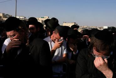 Israel de luto após tumulto que matou 45 pessoas em peregrinação de judeus ortodoxos | Menahem Kahana | AFP