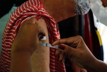 Covid-19: novo lote de vacinas começa a ser distribuído nesta quinta | Tânia Rego | Agência Brasil