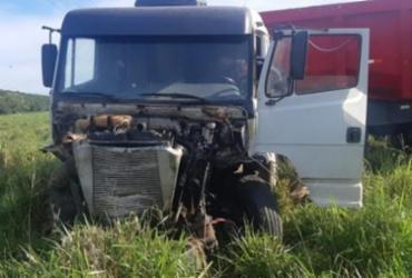 Médico morre após acidente envolvendo carro e caminhão na BR-330 | Reprodução | Blog do Marcos Frahm